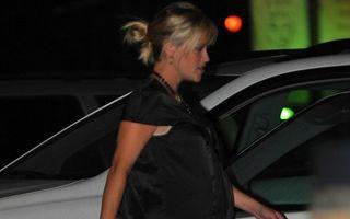 Reese Witherspoon se pregăteşte să nască: actriţa are o burtă incredibilă!