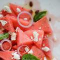 Salată picantă cu pepene roşu şi tomate