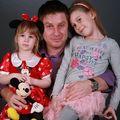 Fetiţele lui Pavel Bartoş, îndrăgostite de Smiley - FOTO