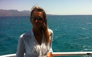 Magda Pălimariu, sexy la plajă în Grecia - FOTO