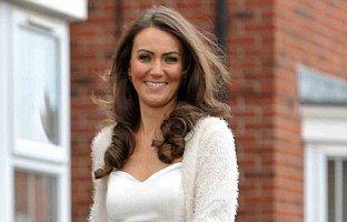 Povestea vânzătoarei de hamburgeri care a ajuns sosia prinţesei Kate Middleton