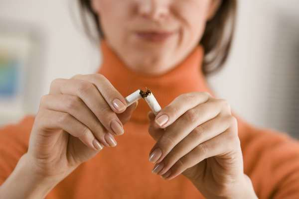 poți să pierzi în greutate dacă fumezi)