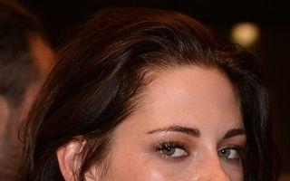 Kristen Stewart apare goală în noul ei film - VIDEO