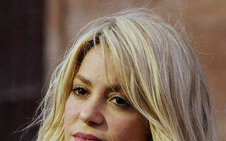 Shakira, prima poză cu burtică