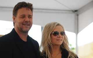 Russell Crowe a divorţat