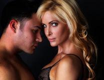 Dosar Eva. Secretul seducţiei: Top 10 piese pe care femeile le adoră în dormitor