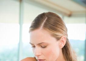 Sănătatea ta: 8 soluţii eficiente ca să scapi rapid de tusea neplăcută