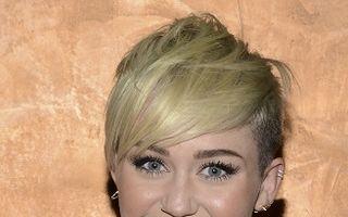 """Hannah Montana"", dorită în filme porno"