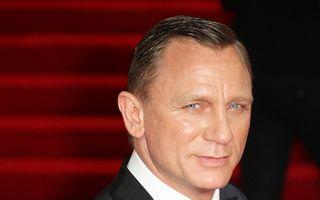 James Bond este în pericol să chelească!