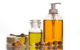 5 uleiuri naturale care-ţi fac tenul sexy şi sănătos