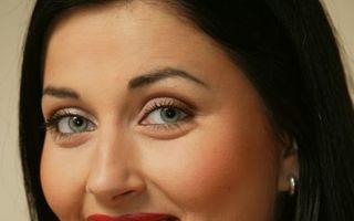 """Gabriela Cristea, atacată pe Facebook: """"Ţi-a murit soţul sau încă nu?"""""""