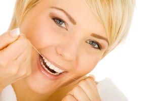 Sănătatea ta: 8 soluţii naturale pentru respiraţia urât mirositoare