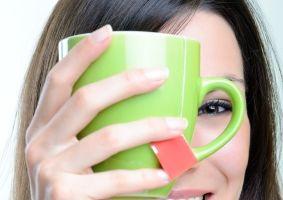 Frumuseţea ta: 5 remedii naturale pentru ochii obosiţi şi iritaţi