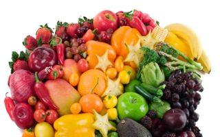 Dr. Oz: Culorile alimentelor care te feresc de cancer