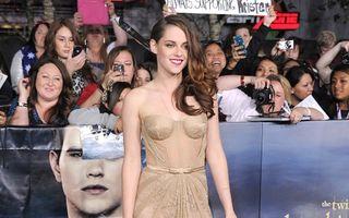 """Kristen Stewart, în rochie transparentă la premiera ultimului film """"Twilight"""""""
