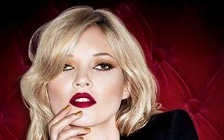 Kate Moss și-a tatuat două rândunele pe spate