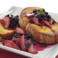 French toast cu fructe proaspete