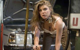Hollywood: 5 cântăreţe sexy care au jucat în filme de groază
