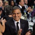 George Clooney, în pat cu Cindy Crawford