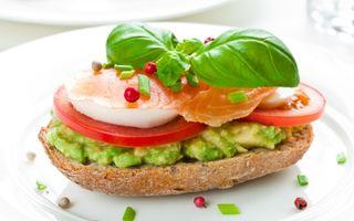 Sănătatea ta: Ce să mănânci dimineaţa când eşti pe fugă? 7 soluţii rapide