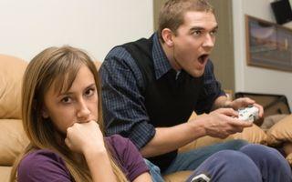 Cum să-ţi faci partenerul să renunțe la jocurile video