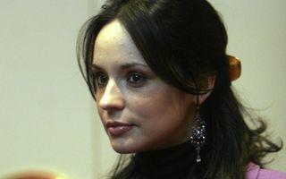 Andreea Marin a renunţat la numele de Bănică şi a plecat în Spania