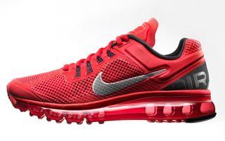 Nike Air Max+ 2013, un pantof legendar mai flexibil ca niciodata