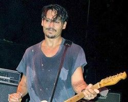 Hollywood: Viaţa aventuroasă a piratului Johnny Depp şi drumul spre celebritate
