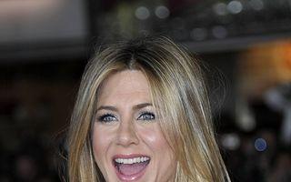 Jennifer Aniston, la 44 de ani: 10 imagini care arată cum s-a schimbat actrița