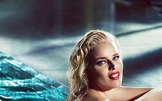 Eva Herzigova, pictorial ca Marilyn Monroe