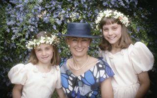 Cum arătau Kate şi Pippa Middleton în copilărie