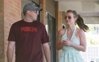 Hollywood: 5 noi cupluri formate în 2013. Vezi cine cu cine se mai iubeşte!