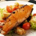 Peşte la cuptor pe pat de cartofi