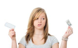 Sănătatea ta: Provoacă anticoncepţionalele cancer? Descoperă riscurile!
