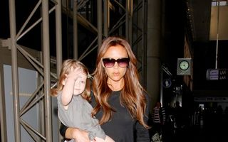 Hollywood: 7 mămici celebre cu copii în braţe. Cele mai frumoase!