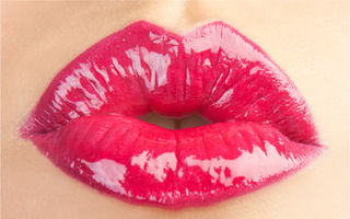 Cum să ai buzele senzuale fără să te injectezi