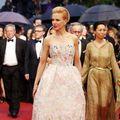 Cannes 2013: 10 vedete care au strălucit pe covorul roşu. Cu ce ţinute au impresionat?