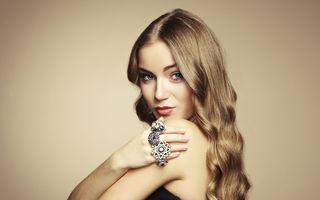 Relaţii: 6 motive pentru care fetele frumoase îşi găsesc mai greu iubiţi