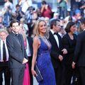 Transformare uimitoare: Sharon Stone, femeie obişnuită şi divă strălucitoare
