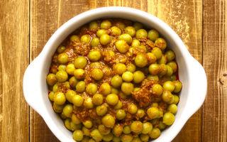 Tocăniţă de mazăre verde cu pătrunjel şi curry