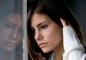 6 semne din viaţa cotidiană că se apropie depresia. Învaţă să te aperi!