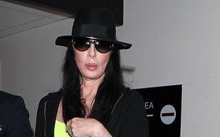"""A dat timpul înapoi: Cher, îmbrăcată ca o """"fetișcană"""", deși are vârsta bunicii"""