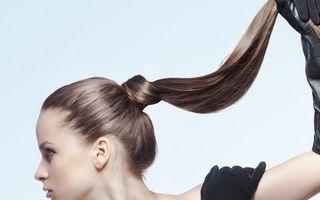 5 obiceiuri proaste la care trebuie să renunţi ca să ai un păr frumos
