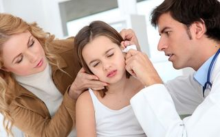 Sănătatea ta: Fereşte-te de otită! Cum să nu-ţi îmbolnăveşti urechile în vacanţă