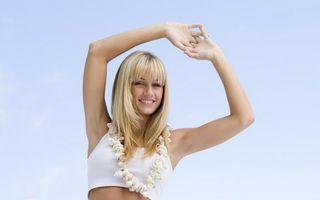5 dintre cele mai bune posturi de yoga care te încarcă cu energie dimineaţa