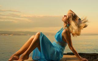 Cum să-ţi îngrijeşti părul ca să-l ai frumos şi sănătos toată vara