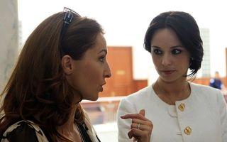 Rivale şi colege: Mihaela Rădulescu şi Andreea Marin negociază cu TVR