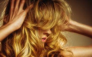 5 sfaturi ca să-ţi păstrezi cât mai mult culoarea părului după ce te vopseşti