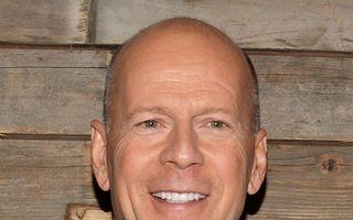 Bruce Willis nu mai aude bine