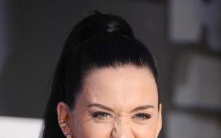 Hollywood: 7 vedete care poartă aparate dentare cu diamante şi arată oribil